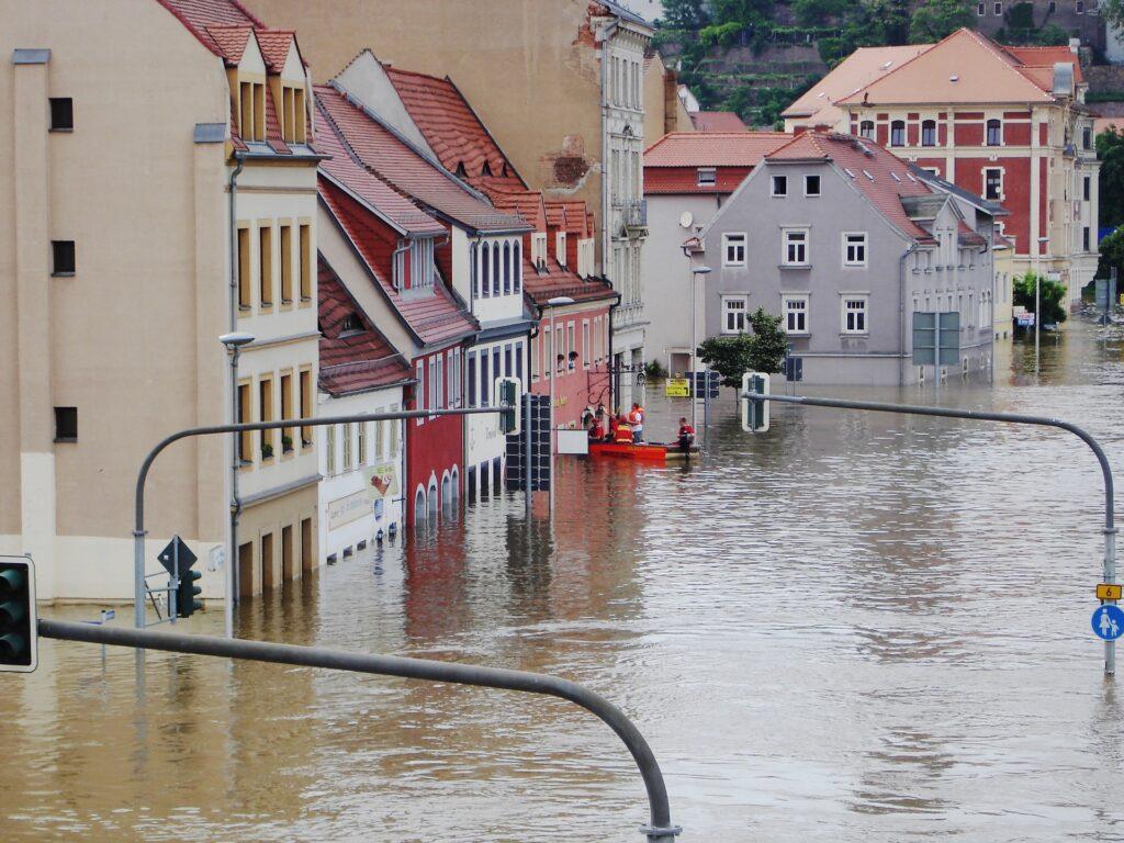 Miasto w powodzi